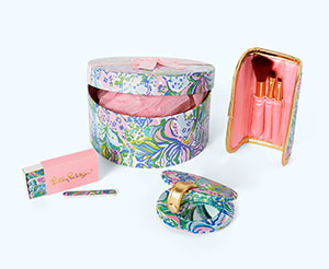 Relax in Print Box Gift with Purchase